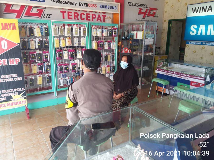 Anggota Polsek Pangkalan Lada Laksanakan Sambang Desa