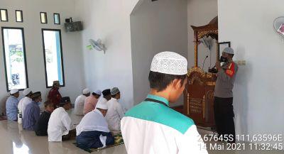 IPDA Aris Beri Himbauan Kamtibmas di Masjid Baitul makmur Jl. Samari