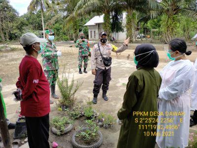 PPKM Desa Dawak melaksanakan himbauan untuk menaati protokol kesehatan