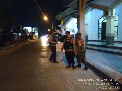 TNI POLRI mengamankan jalannya ibadah tarawih